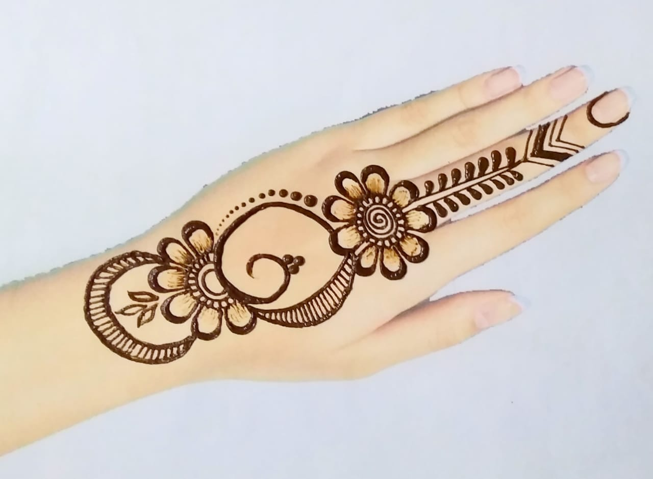 Arabic Style Simple Mehndi Design