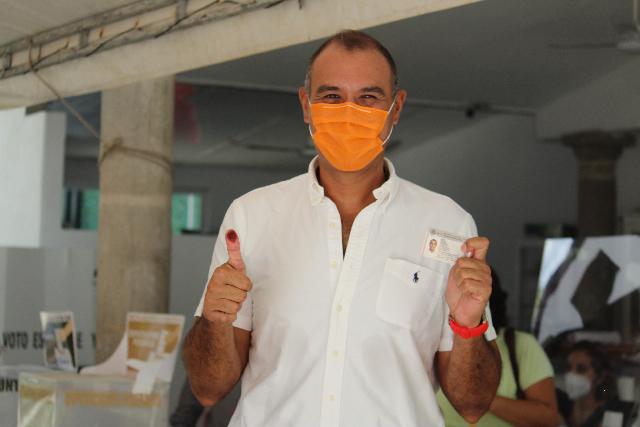 Ejerzan su derecho: Víctor Cervera