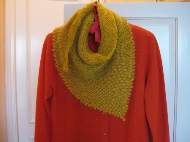 Knitted shawl