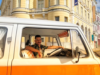 Pernambuco coloca apresentador Caio Braz na estrada para mostrar belezas do Estado