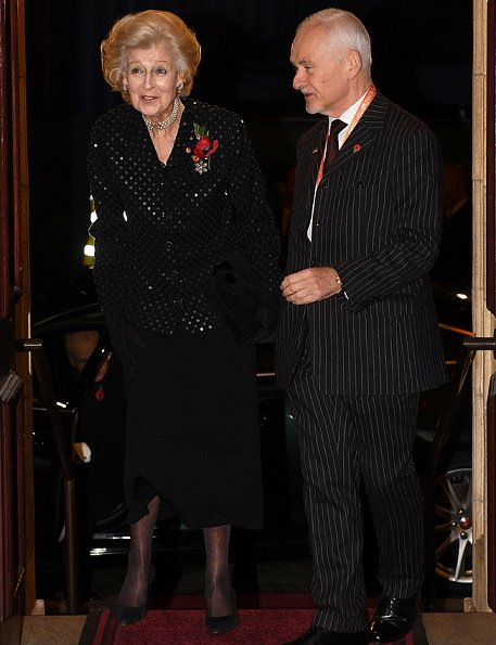 British Royals Attend Festival of Remembrance 2017 ...