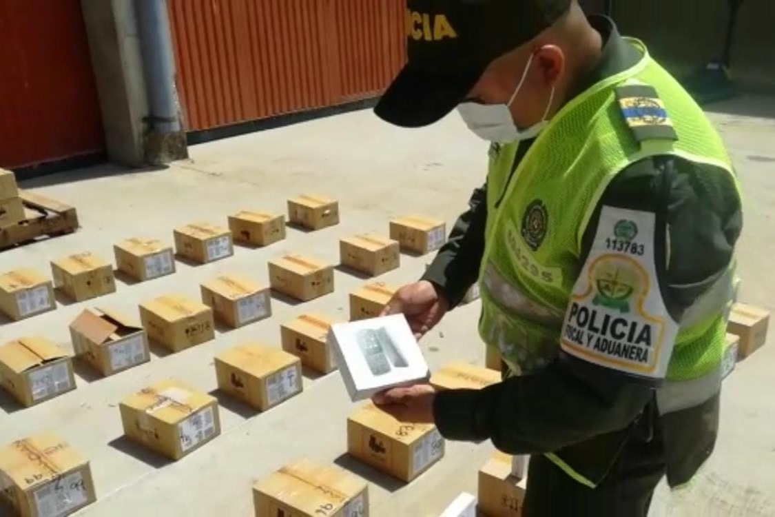 hoyennoticia.com, Incautan $42 millones en celulares de contrabando
