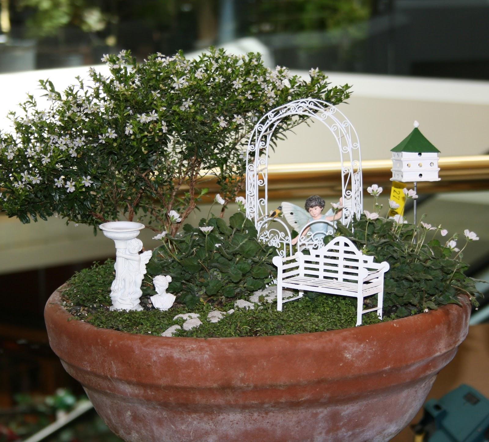 Secret Garden: Ciao! Newport Beach: Highlights Of The Spring Garden Show