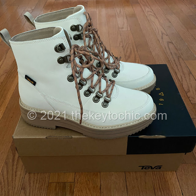 Women's Teva Midform boots white swan