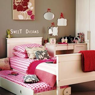 Desain Kamar Tidur Anak Perempuan Sederhana dan Simpel