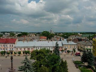 Самбор. Львовская обл. Площадь Рынок с высоты часовой башни Ратуши