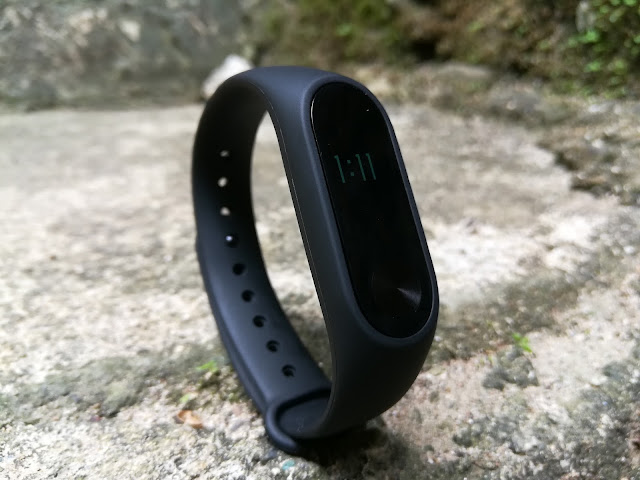 Xiaomi's 2nd generation Mi Band is probably the cheapest accurate with heart-rate sensor fitness tracker in the market right now