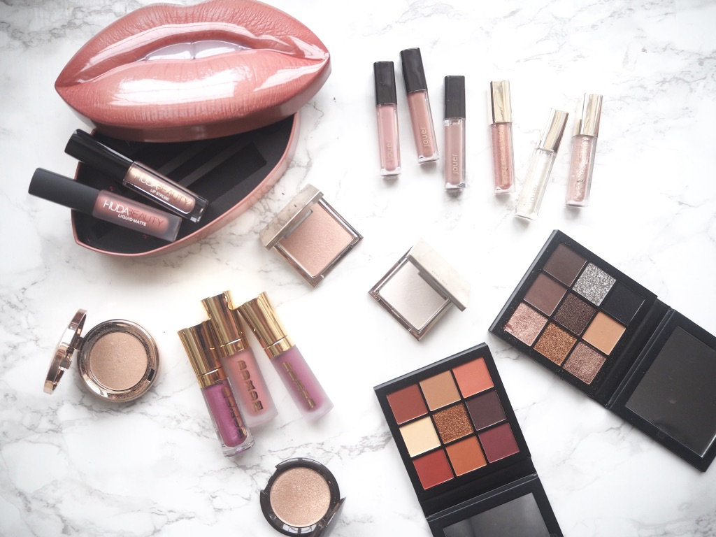 i love this time of year for makeup releases as brands tend to bring out mini versions of their bestsellers and you can try a products before committing to