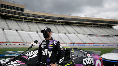 #48 Jimmie Johnson Cleared to Race (#NASCAR)