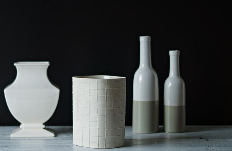 Bunt ist die Welt ... Vasen - Blog & Fotografie by it's me! - Sammlung von Keramikvasen in Cremetönen