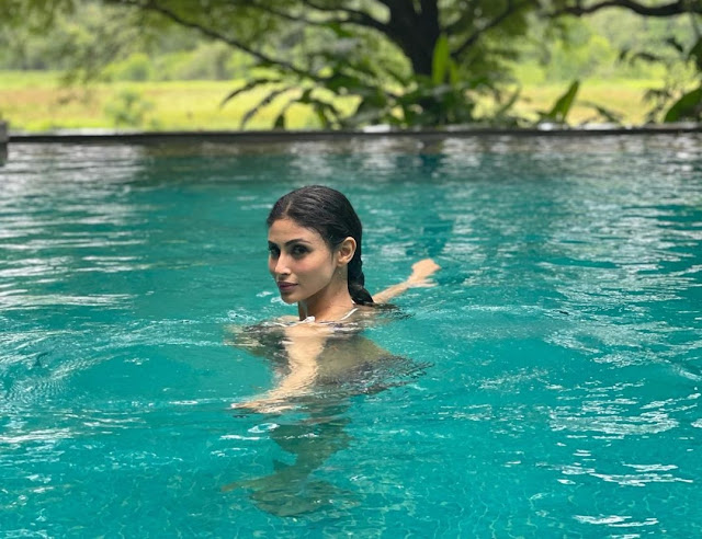 Water Baby Mouni Roy Looks Hot in These Stunning Pics