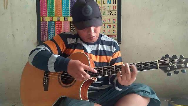 Alip Ba Ta Gitaris Terbaik Indonesia yang Diakui Dunia