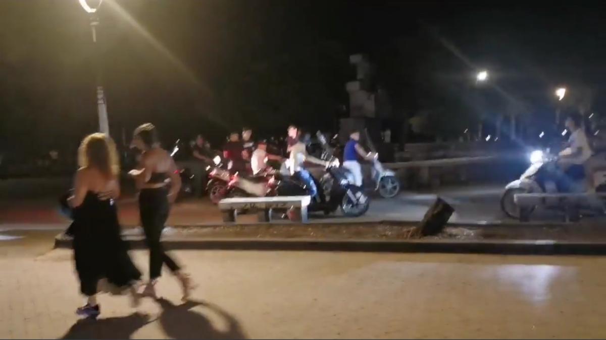 Piazza Europa Carabinieri scooteristi
