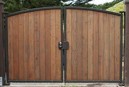 House And Home Designs Main Gate Wood
