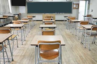Governo cogita acabar com aumento real no piso salarial de professor