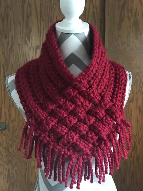 Woven Cowl - Free Crochet Pattern