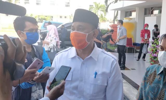 Kadisos NTB: Kondisi Barang Bansos Sembako Tidak Sesuai, Tolak Saja!