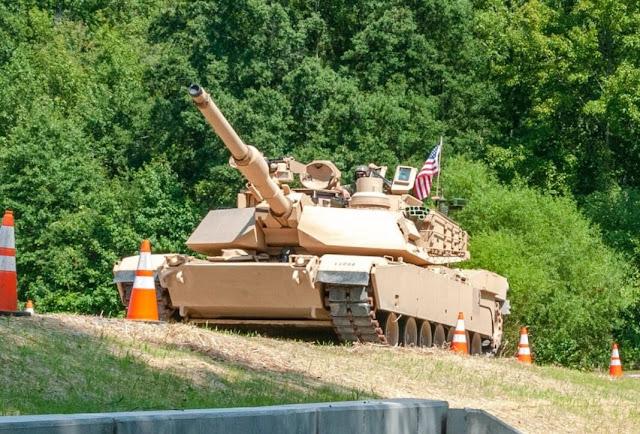 GPS chống nhiễu cho Tank  Abrams