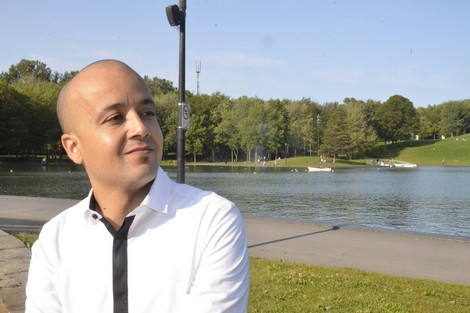 خبير مغربي شاب يُروج للتنمية الذاتية في مؤسسات كندية وأمريكية