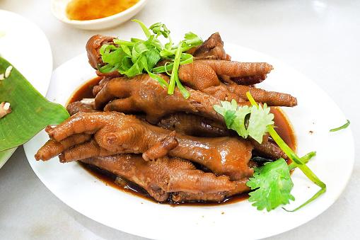 health benefits of chicken feet