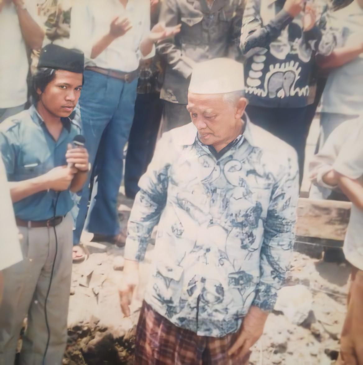 50+ Kumpulan Foto KH. Ali Maksum Krapyak Yogyakarta (HD)