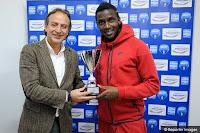 Παρέλαβε το βραβείο του MVP της 9ης αγωνιστικής ο Christopher Maboulou