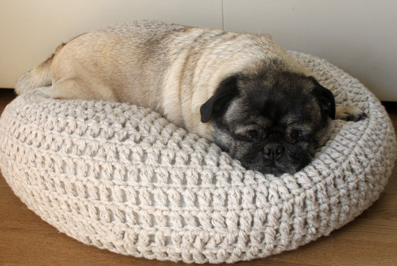 A moment of crafts: Give your pet a new bed for Christmas ...