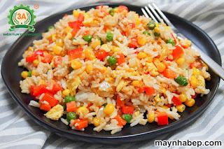 Cách làm cơm rang rau củ