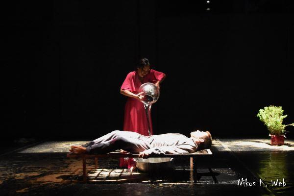 """Η θεατρική παράσταση """"Το μεγάλο κύμα"""" με μουσική Razastarr"""