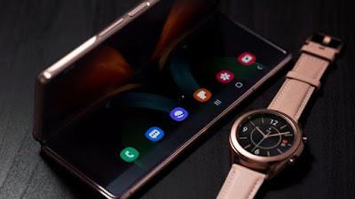 Nuevo teléfono plegable es el más grande de Samsung
