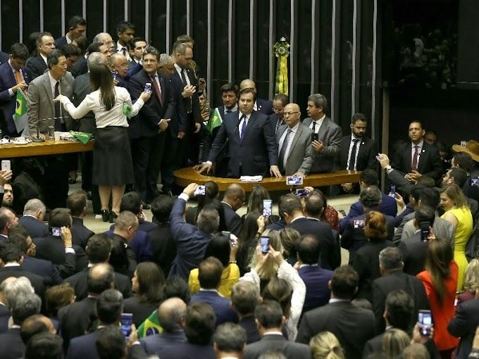 Para Wall Street, 'o Brasil está de volta' aos negócios, diz revista