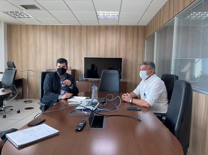 Em Brejo da Madre de Deus, Prefeito Roberto Asfora se reúne com o Diretor Regional da Compesa, visando melhorias no abastecimento de todo o município