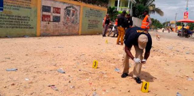 Investigan tiroteo frente a centro votación en Villa Hermosa, La Romana