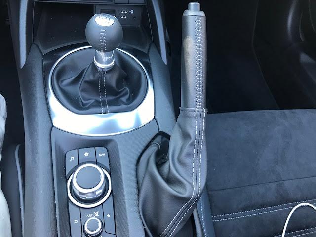 Console in 2020 Mazda MX-5 Miata Club