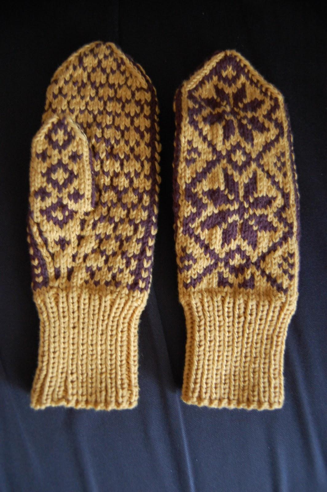 baeea702 Selbuvotter til dame strikket i dobbelt Blend bamboo fra garnprodusenten  Hjertegarn i okergul (fargenummer 3314) og mørk brun (fargenummer 2500) (70  ...
