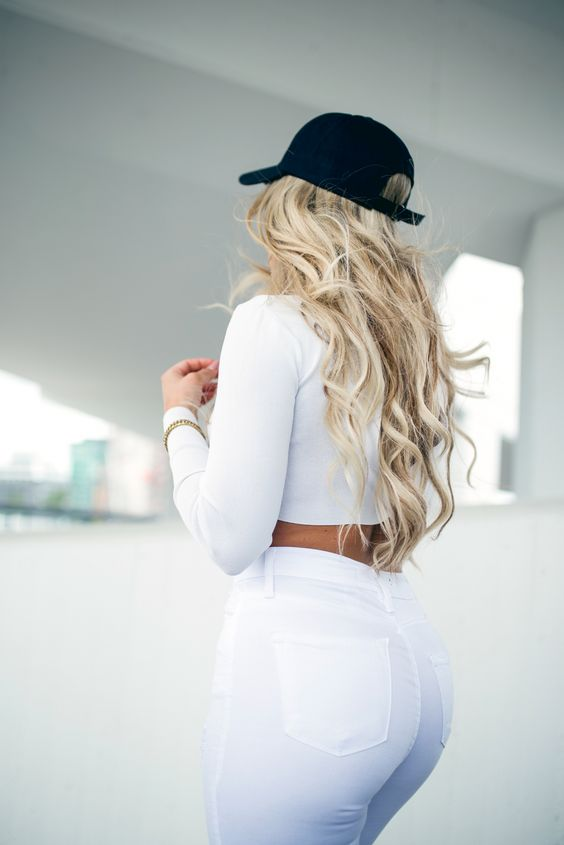 Fanny Lyckman - All White Outfit + Black Hat, FashionNova High Waist jeans + Crop Top