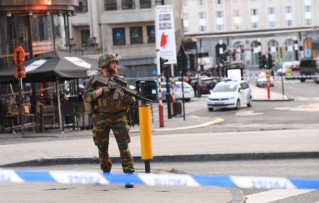 Bélgica. Una persona «neutralizada» por la Policía tras una pequeña explosión en la estación central de Bruselas