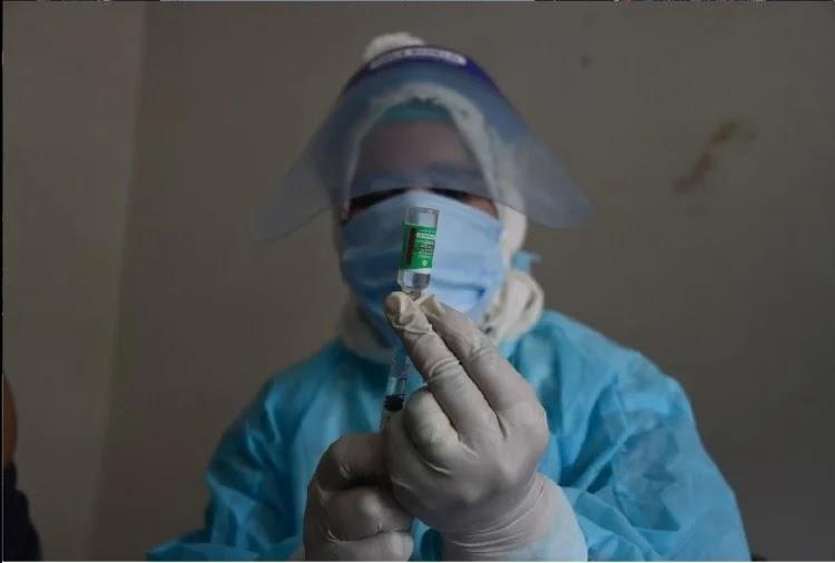 केंद्र पर क्षेत्र के मात्र पांच प्रतिशत युवाओं को ही अब तक टीका लगा है