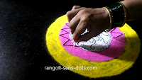 Simple-circular-rangoli-21101ad.jpg