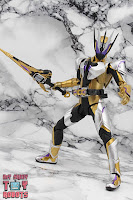 S.H. Figuarts Kamen Rider Thouser 28