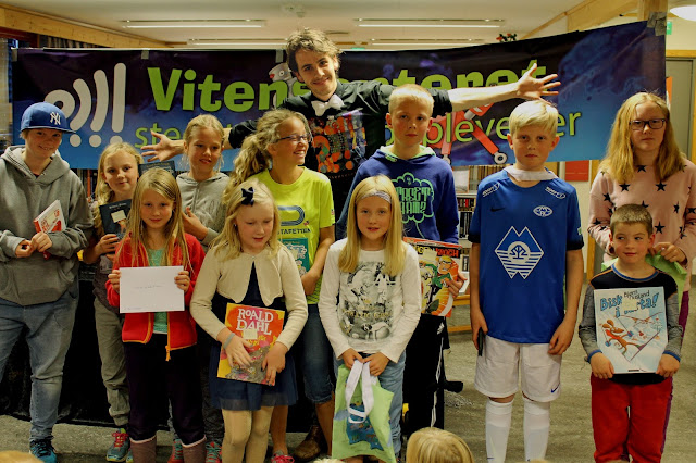 Vinnarane av årets lesekonkurranse. Foto: Sigrun Eide