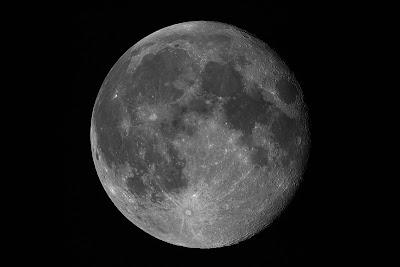 Lluna de 15,8 dies