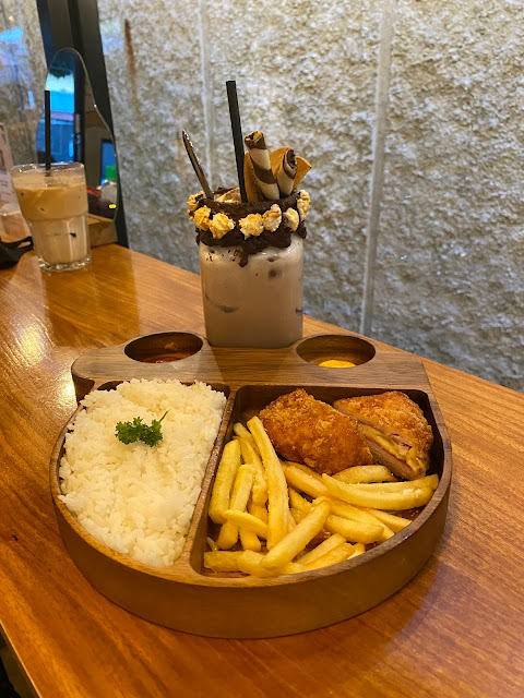 Rice With Cordon Bleu Rp.35.000 Hakuna Matata Foto By : ARM