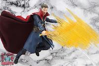 S.H. Figuarts Doctor Strange (Battle On Titan Edition) 48