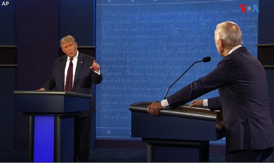 El presidente Donald Trump y el exvicepresidente Joe Biden se vieron las caras en el primer debate electoral, celebrado en Ohio, el 29 de septiembre / AP
