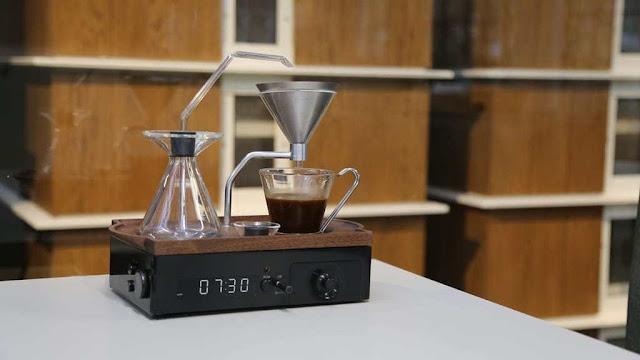 Un réveil machine à café !