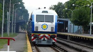 Tren Sarmiento con destino a General Pico