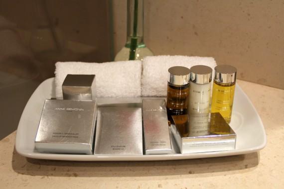 Bí quyết khi lựa chọn sữa tắm dầu gội cho khách sạn 4 sao giá rẻ