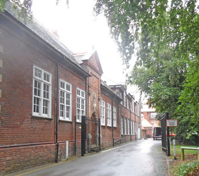 The original 17th century part of Sir John Nelthorpe School, Brigg - grade one listed