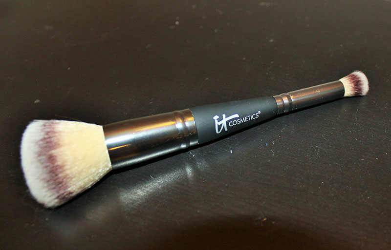 Heavenly Luxe Dual Airbrush Concealer and Foundation Brush by IT Cosmetics #21